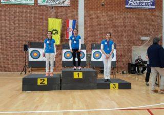 Kadetkinje Streličarskog kluba Rijeka osvojile Dvoransko prvenstvo Hrvatske